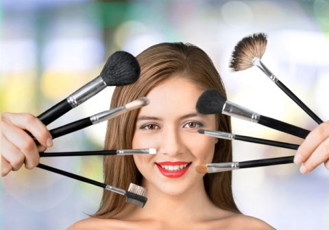 How to choose the right beauty college
